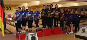 Team-Damen_all-1